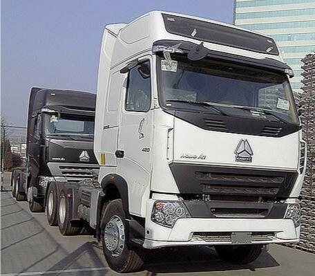 HOWO A7 SINOTRUK 420HP 6X4 TRACTOR HEAD TRUCKS for Sale